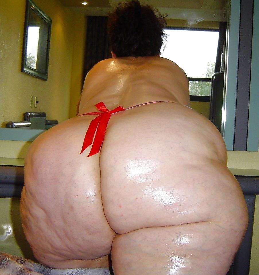 Фото супер жирных целюлитных жоп